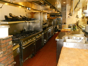 Businesses For Sale-Fine Italian Dining in Casual Atmosphere-Buy a Business