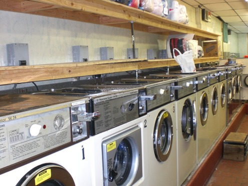 Businesses For Sale-Businesses For Sale-Staten Island Laundromat-Buy a Business