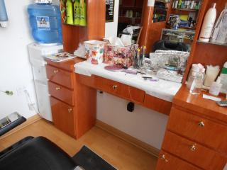 Businesses For Sale-Businesses For Sale-Beauty Parlor/ Barber Shop-Buy a Business