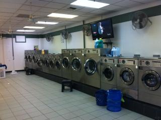Nice laundromat run 100% absentee seller financing