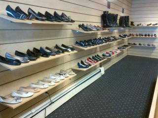 Businesses For Sale-Businesses For Sale-Shoe Store-Buy a Business