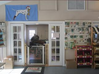 Businesses For Sale-Businesses For Sale-Pet Supply And Grooming -Buy a Business
