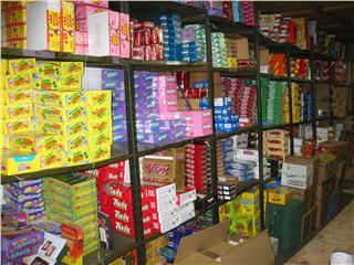 Cigarette Sundry Candy Wholesalers
