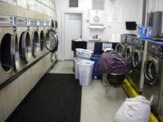 Laundromat Wash & Fold