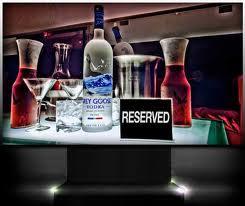 Well Known Lounge Ni...