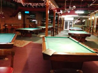 Businesses For Sale-Businesses For Sale-Pool Hall Bar dance club-Buy a Business