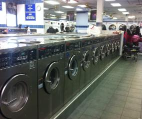 Businesses For Sale-Businesses For Sale-Huge Grossing 4000sq ft Laundromat -Buy a Business