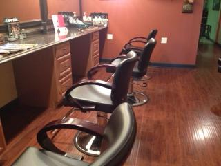 Businesses For Sale-Businesses For Sale-Turnkey Hair Salon-Buy a Business