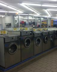LAUNDROMAT AAA LOCATION/ BUILDING AVAILABLE