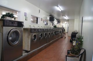 Businesses For Sale-Businesses For Sale-Laundromat Wash Fold-Buy a Business