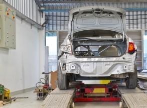 AUTO / TRUCK SERVICE & REPAIR