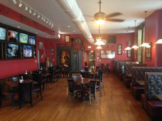 Businesses For Sale-Businesses For Sale-Huge Sports bar and Restaurant -Buy a Business