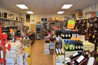 Growing Wine & Spirits Store