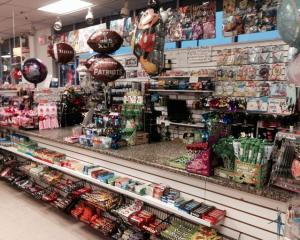 Businesses For Sale-Businesses For Sale-Profitable and Large Discount Bargain Store -Buy a Business