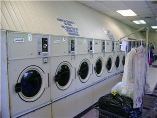 Laundromat in Busy Location