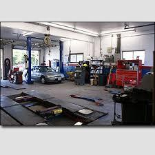 Auto repair shop wit...