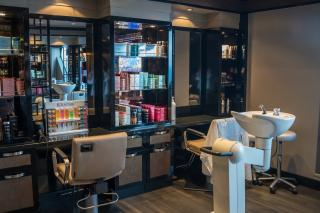 High-End Salon in Suffolk County