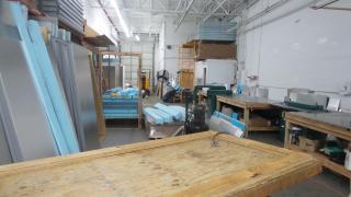 Manufacturing Busine...
