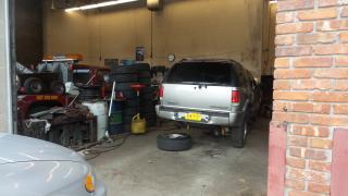 Auto sales & repairs