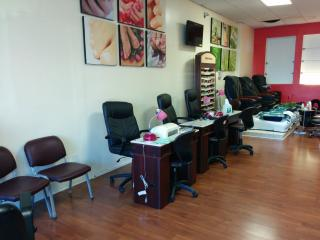 Beauty & Nail Salon