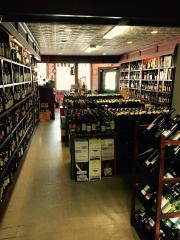 Established Wine & Liquor Store w/Grocery