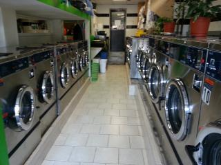Laundromat & Drop off Dry Cleaner
