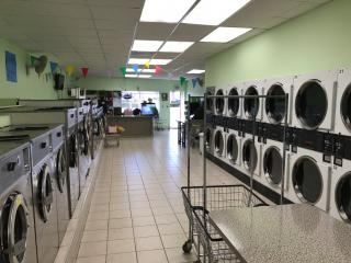 Established Laundromat in Suffolk County, NY