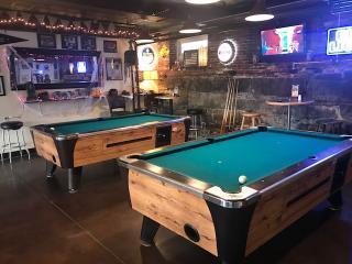 Downtown Restaurant/Bar-Strafford County, NH