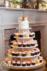Specialty Cupcakes & Cake Bakery  *PRICE REDUCED*