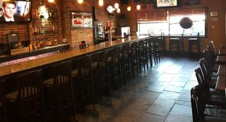 Full-Service Bar & Grill in Essex County NJ