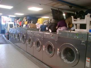 Laundromat and Drop-Off Dry Cleaners