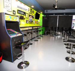 Lounge & Bar in Nassau County NY