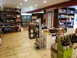 Wine and Liquor Store
