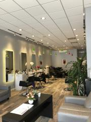 Upscale Hair Studio in Queens County, NY