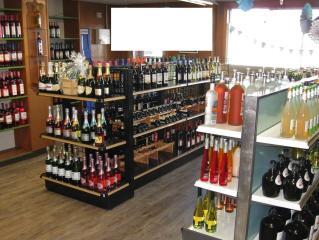 Liquor Store w/ Prop