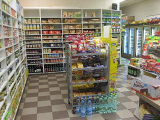 Hot & Cold Ethnic Deli & Grocery Store in Kings Co