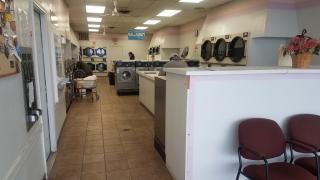 Midsize Laundromat