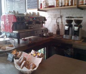 Cafe/Bakery