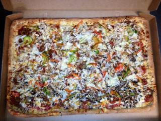 Pizzeria w/ Apts