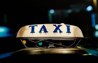 Taxi/Ambulette