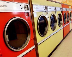 Laundromat/WashFold
